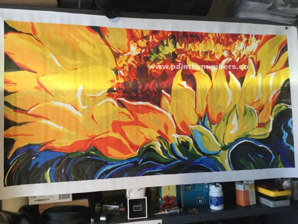 Sunflower closeup (50cm x 100cm)